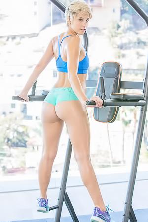 Makena Blue - fitness porn