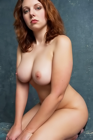 Persis - redhead busty babe