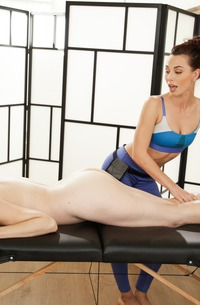 Sovereign Syre, Aidra Fox And Lesbian Massage