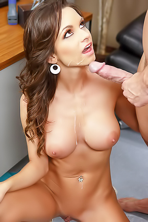 Ashley Sinclair is fucking so hard