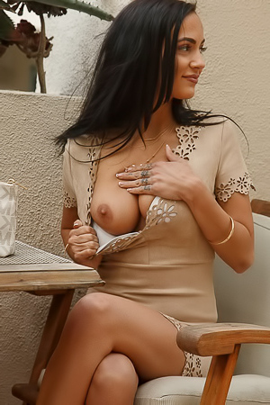Sofi Ryan Flashing Her Tits In Public