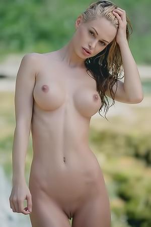 Miss Zita  nackt