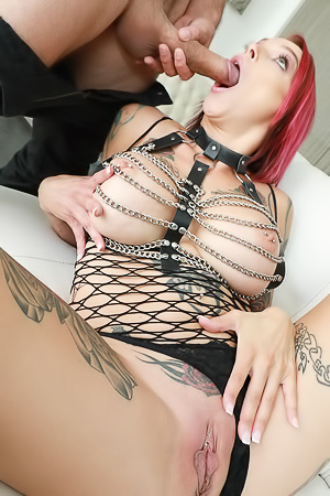 Squirting With Anna Bell