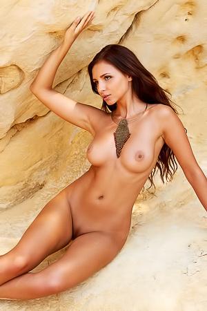 Nackt  Antonia Petrova images.dujour.com SEO