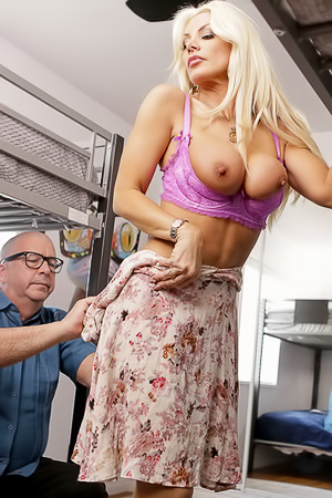 Brittany Andrews Gets Fucked By Young Man