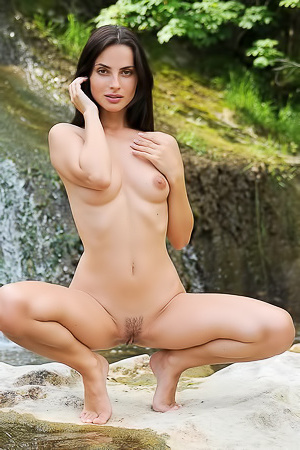 Jasmine Jazz - Posing nude on front of a waterfall makes her feels sexy