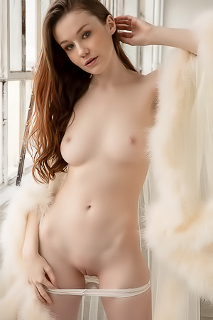 Emily Bloom Natural Light