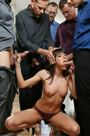 Vera Is Such A Good Girl porn pic gallery