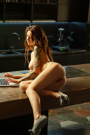 Stunning Model LessyQ With Tattoos Getting Naked