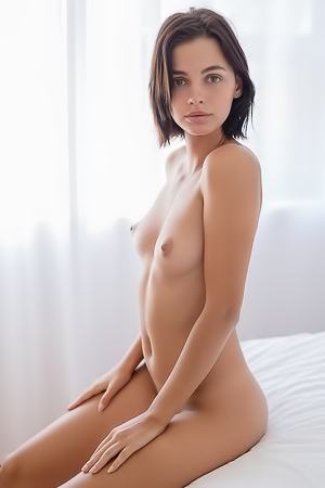 Ariela Shows Us Her Perfect Nude Morning